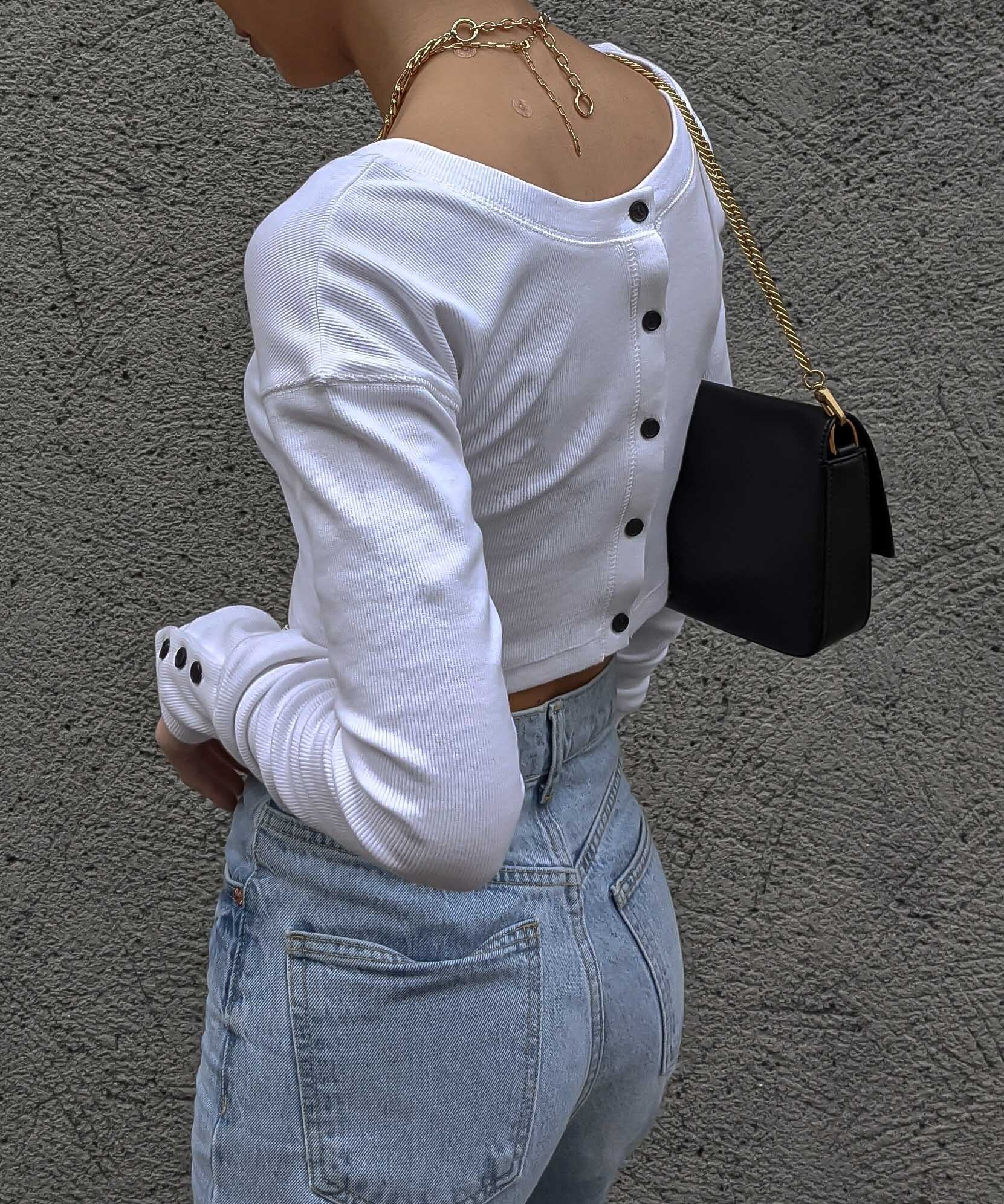 Button sleeve 2way top