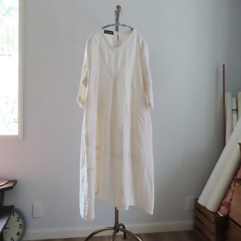 チェンマイ ダブルガーゼの裾切替え7分袖ワンピース キナリ
