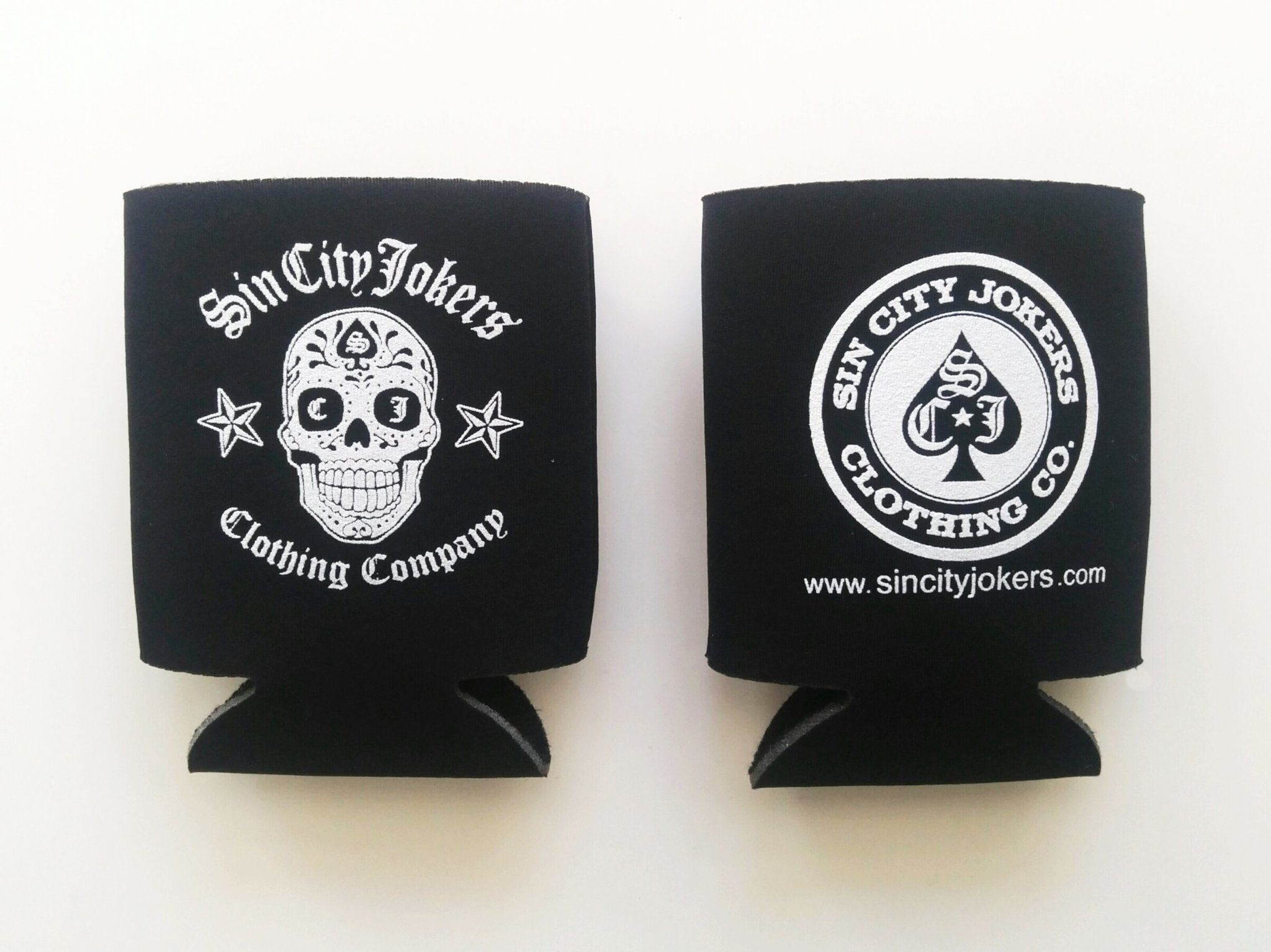 """SCJ  """"Skull"""" Coozie"""