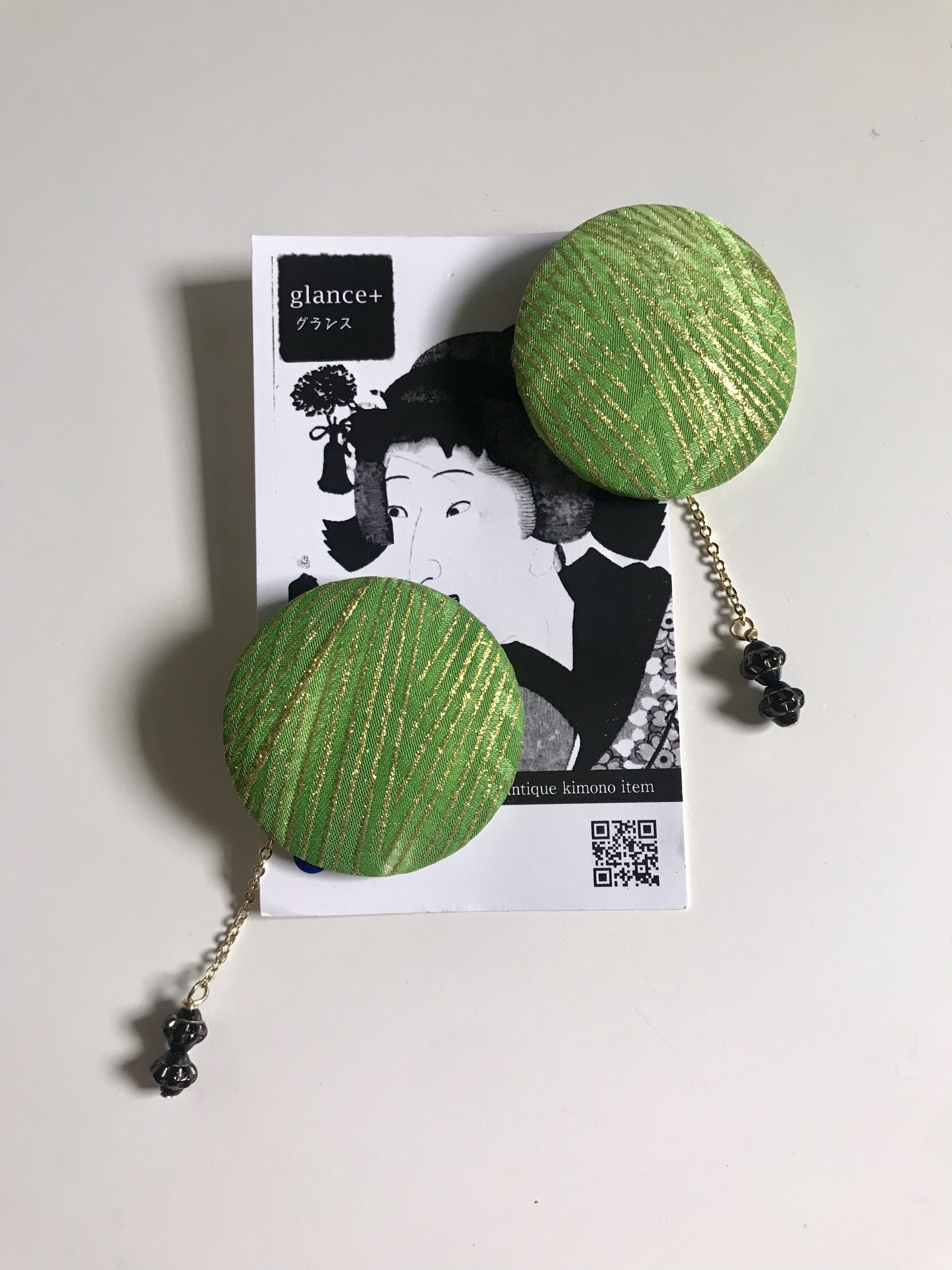 glance +  着物ピアス(ヴィンテージ七五三着物・黄緑)-1
