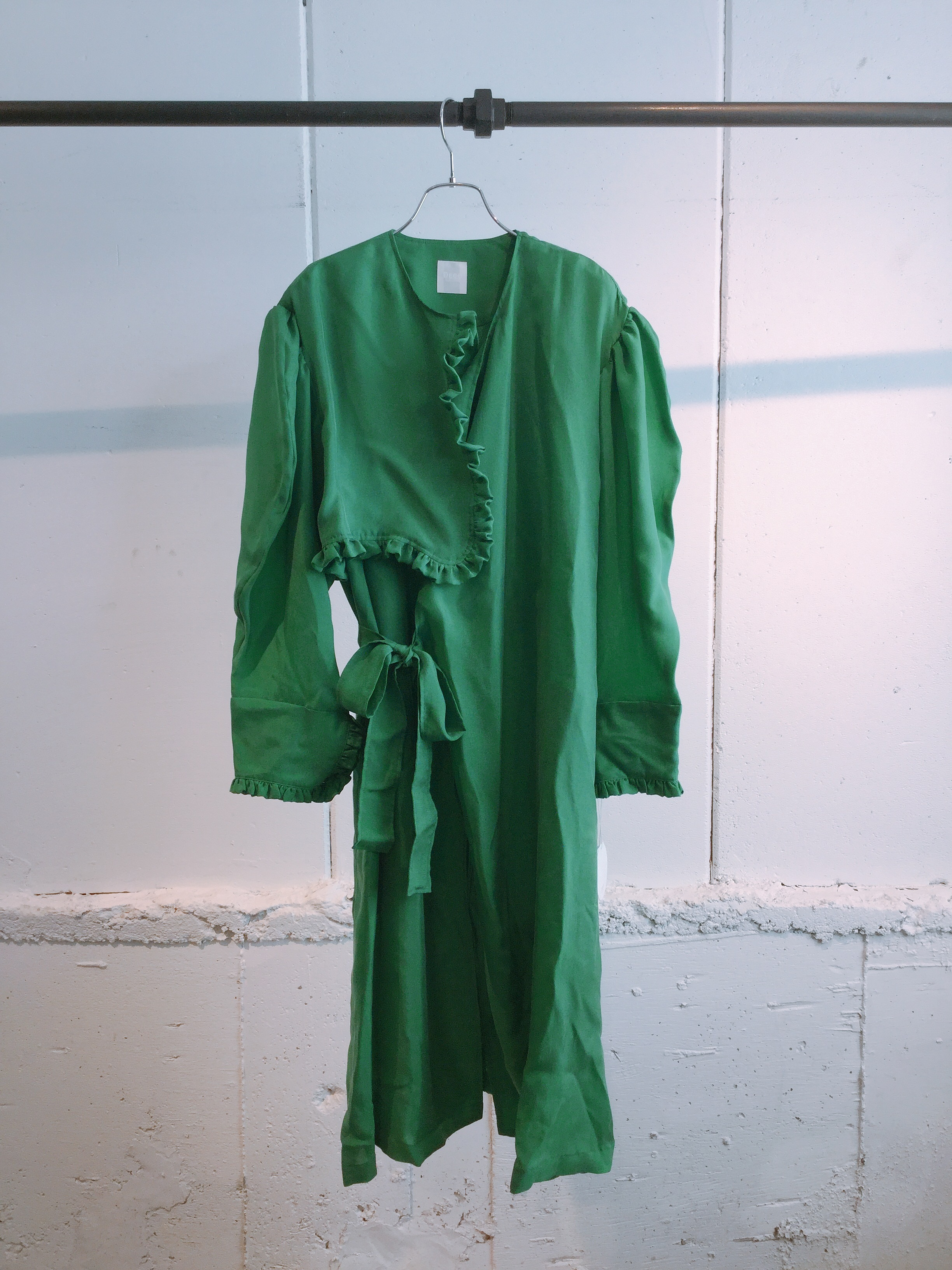 DECO depuis 1985    assymetry frill coat  (green)