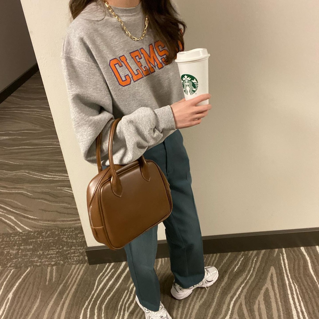 【LAST1】DAYNYC round square hand bag