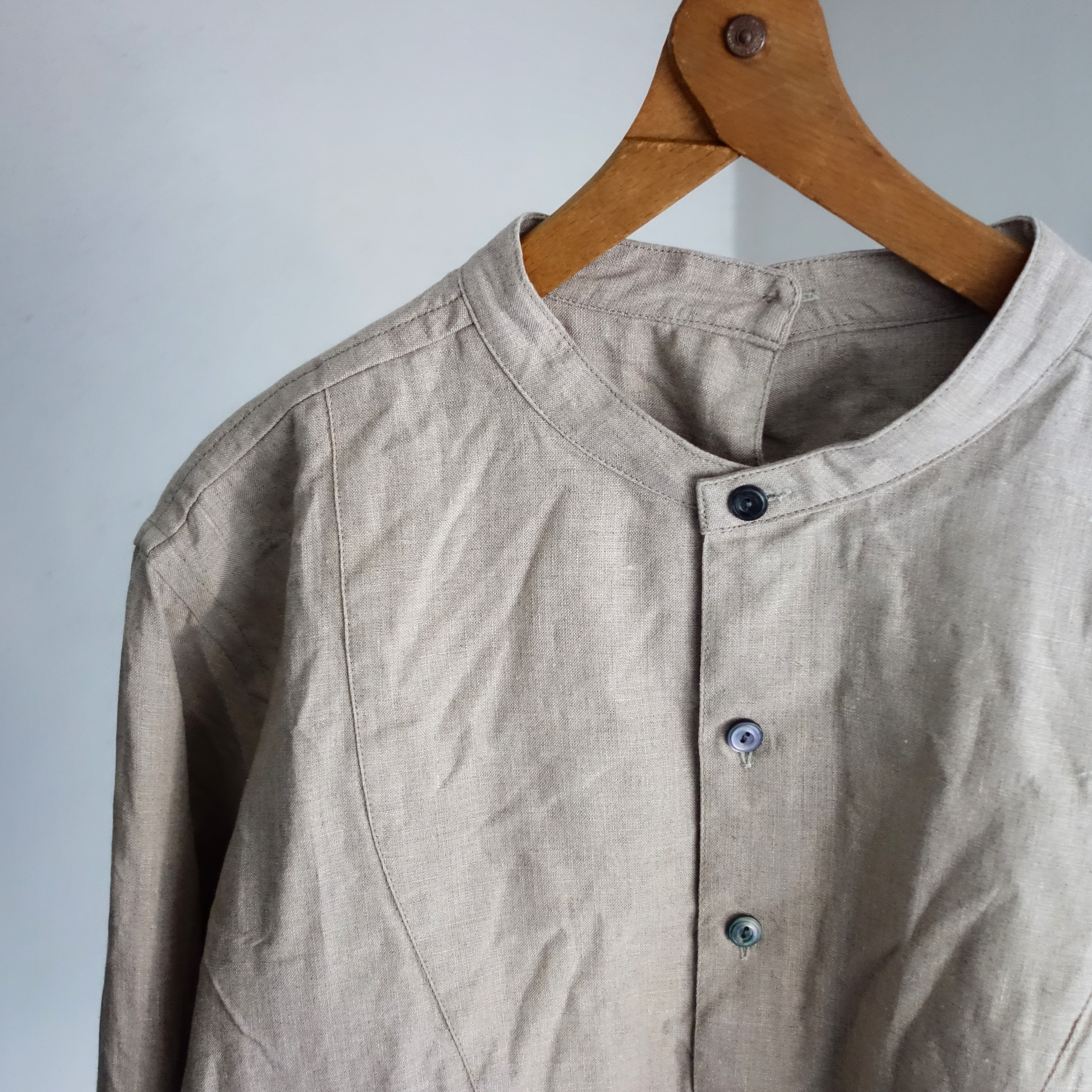 antiqued irishlinen shirt / ecru