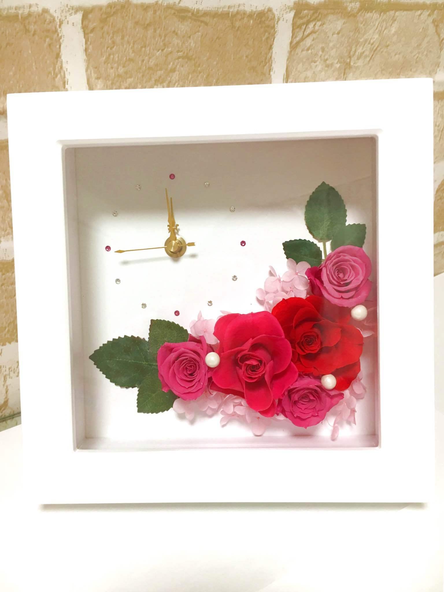 【贈り物に♪】プリザーブドフラワー時計 フラワークロック Pink&Red
