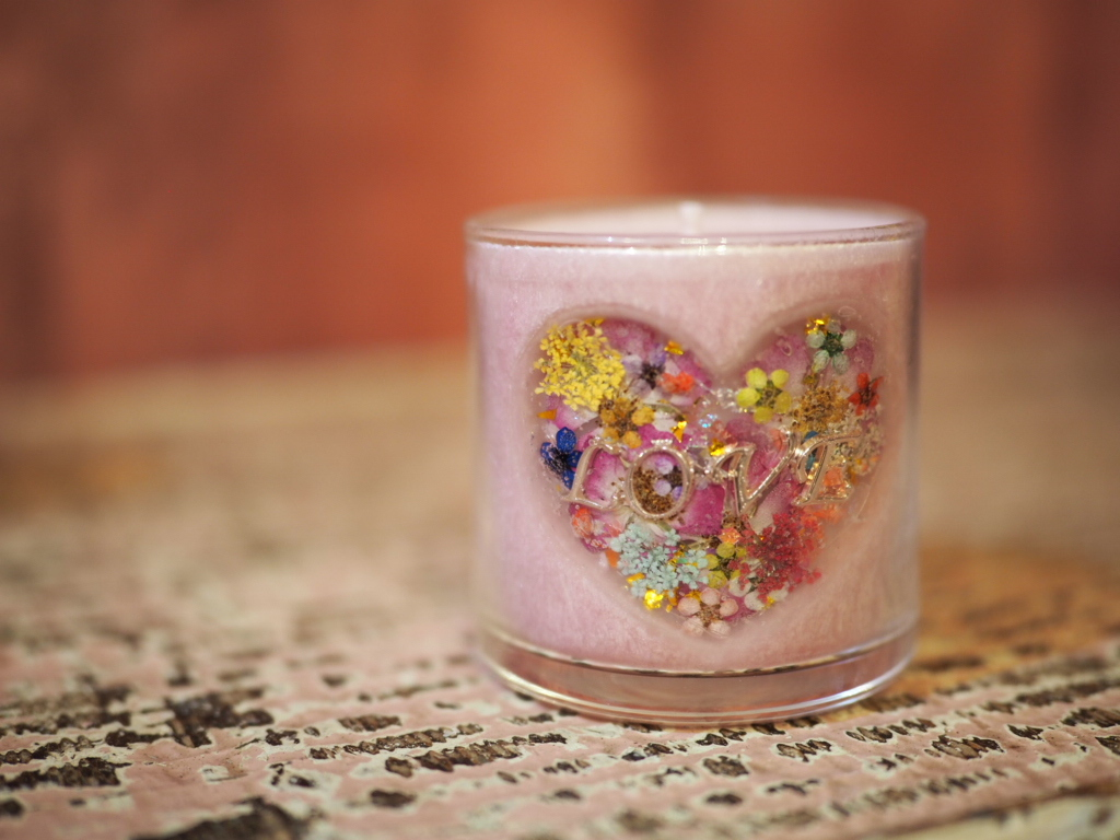 Heart♡LOVE Charm Pressed Flowers Candle 2
