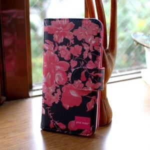 北欧デザイン pinkindia iPhoneケース手帳型 Midnight shadowblue