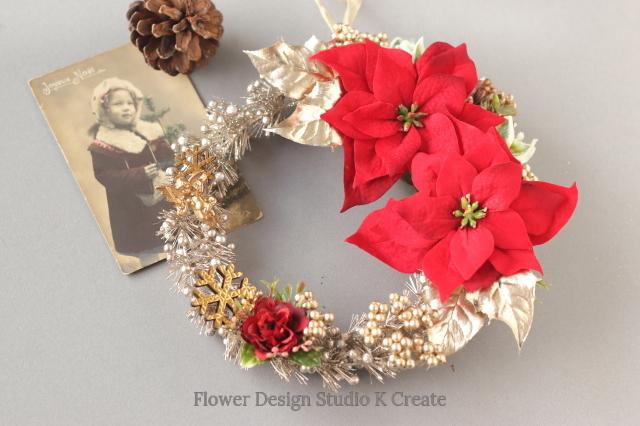 クリスマスに☆ポインセチアと天使のクリスマスリース:B ヒイラギ ポインセチア 玄関リース 天使 雪の結晶 ドアリース