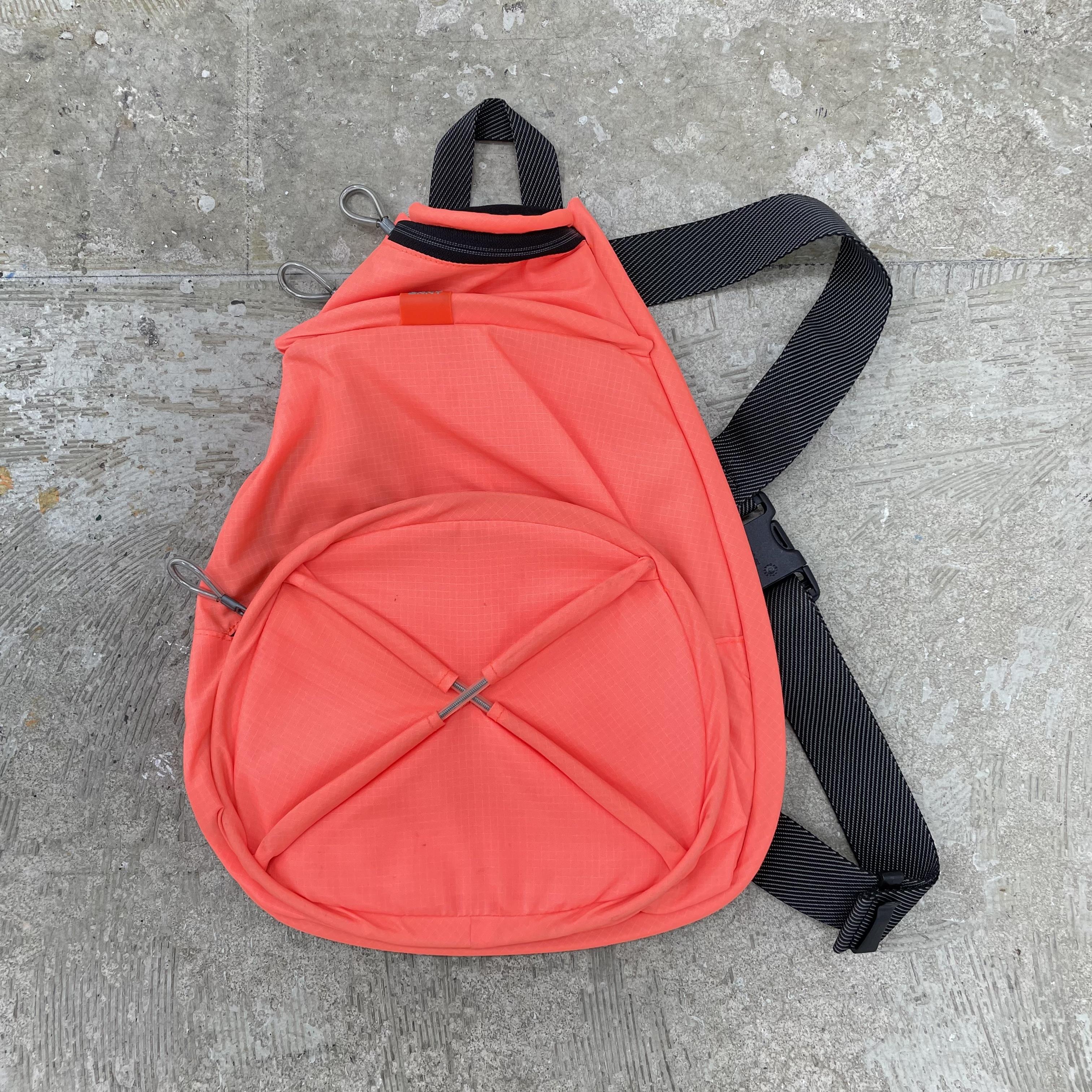 00's Dkny Nylon Cross Bag