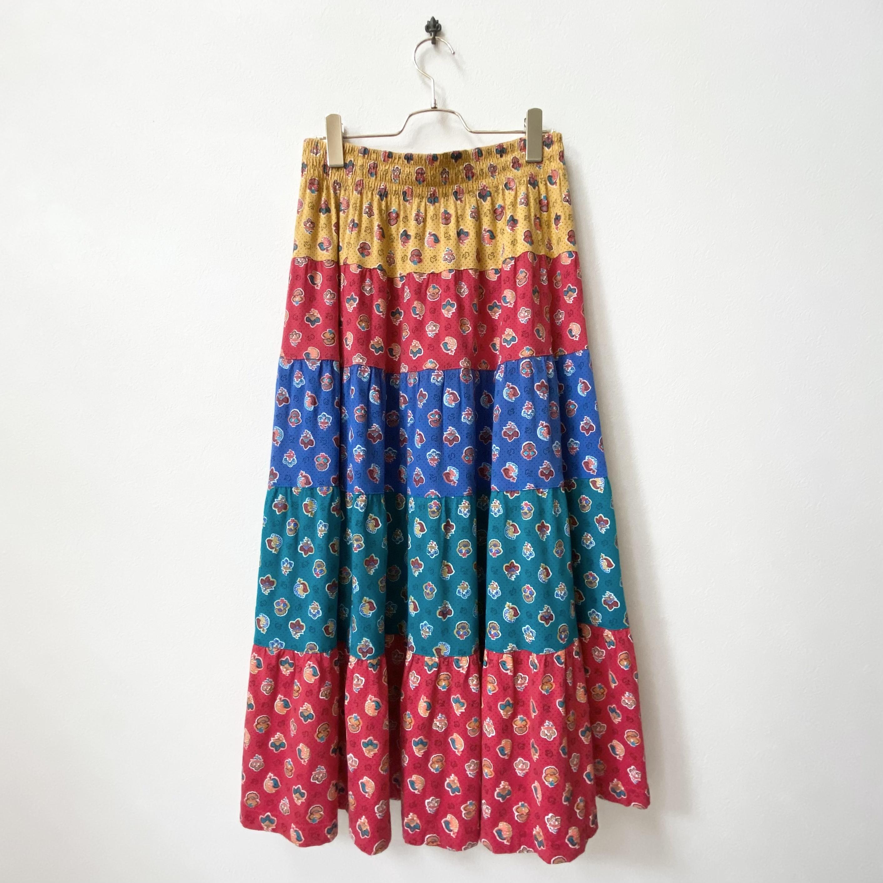 70〜80年代 マルチカラー プリント柄 ティアードロングスカート アメリカ 古着 L〜LL
