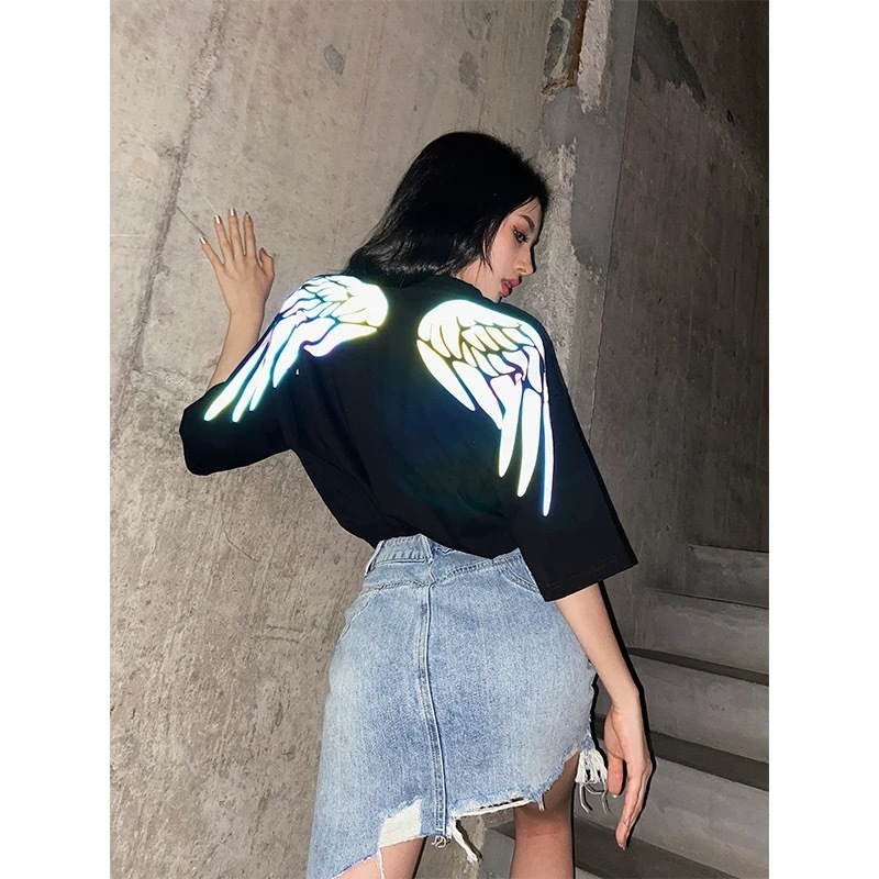 reflector feather t-shirt