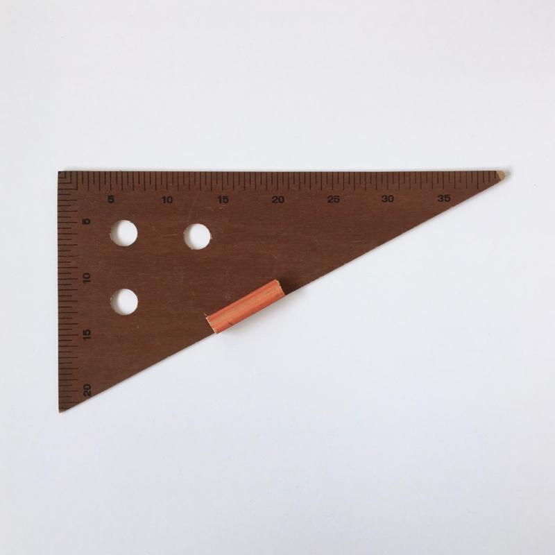【訳ありセール】教師用の三角定規|【Damaged】Triangle Ruler for Teachers