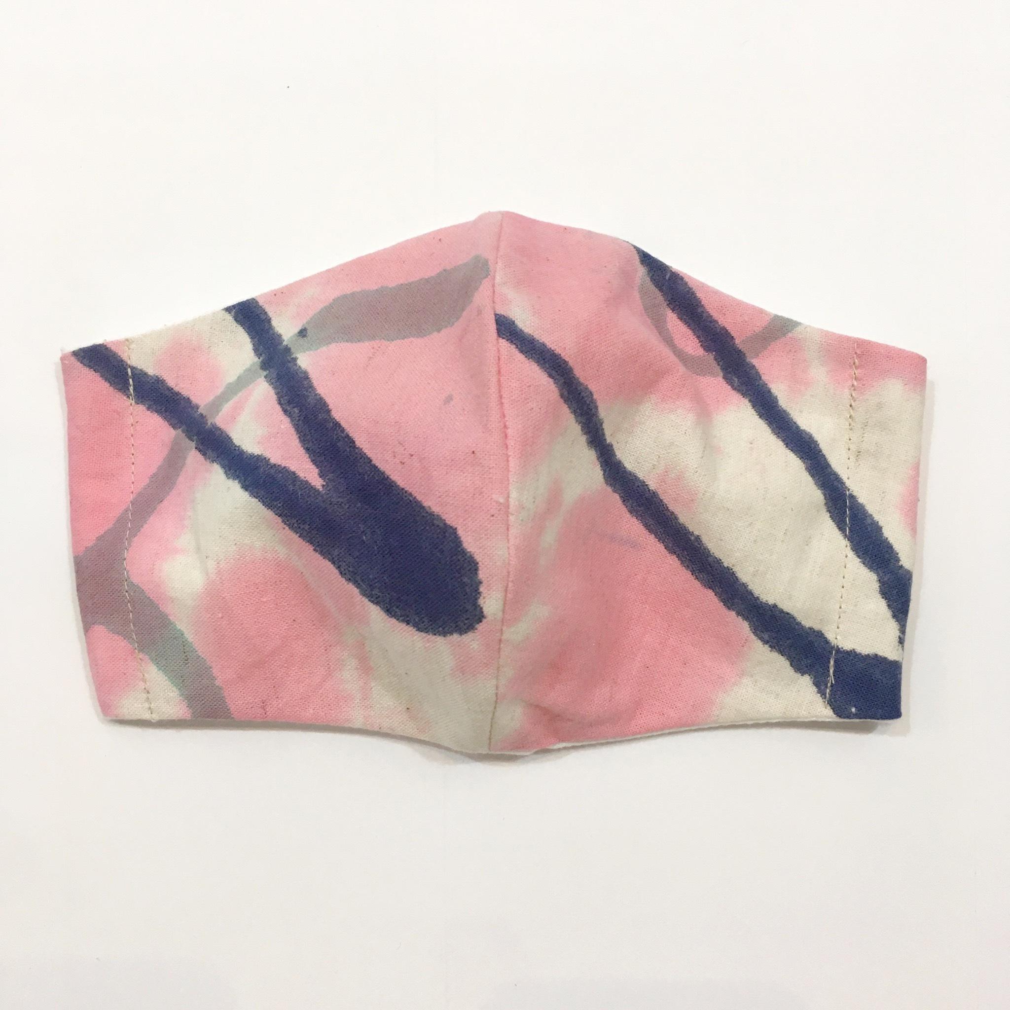 【HOLLYGRANTPATTERN】手染めの立体布マスク(ピンク×ネイビー)