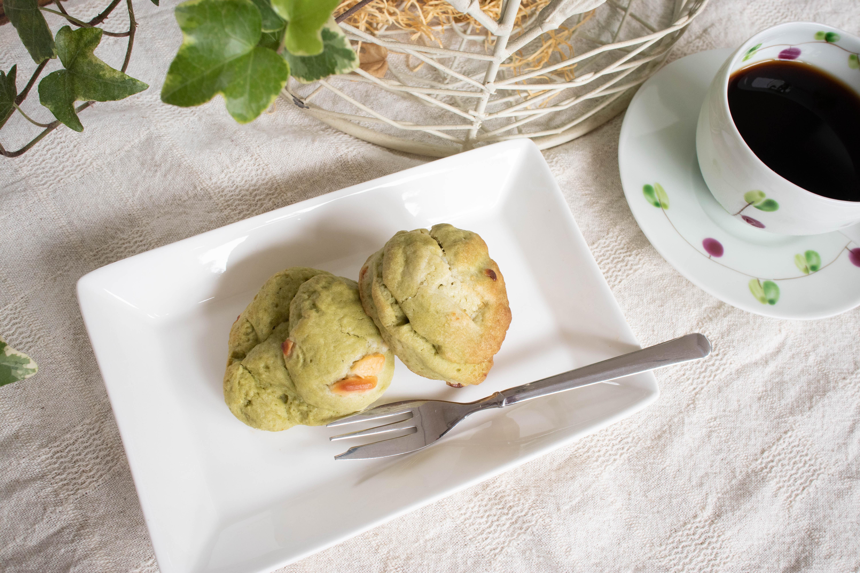 分校Cafe haruhiの手作りスコーン(抹茶ホワイトチョコ)