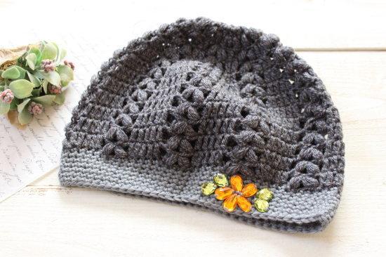 手編みニット帽*グレー アクリルビジュー/sakura 型番:NB-4