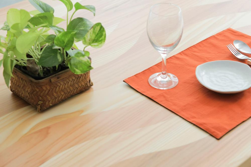 ダイニングテーブル nami 角脚