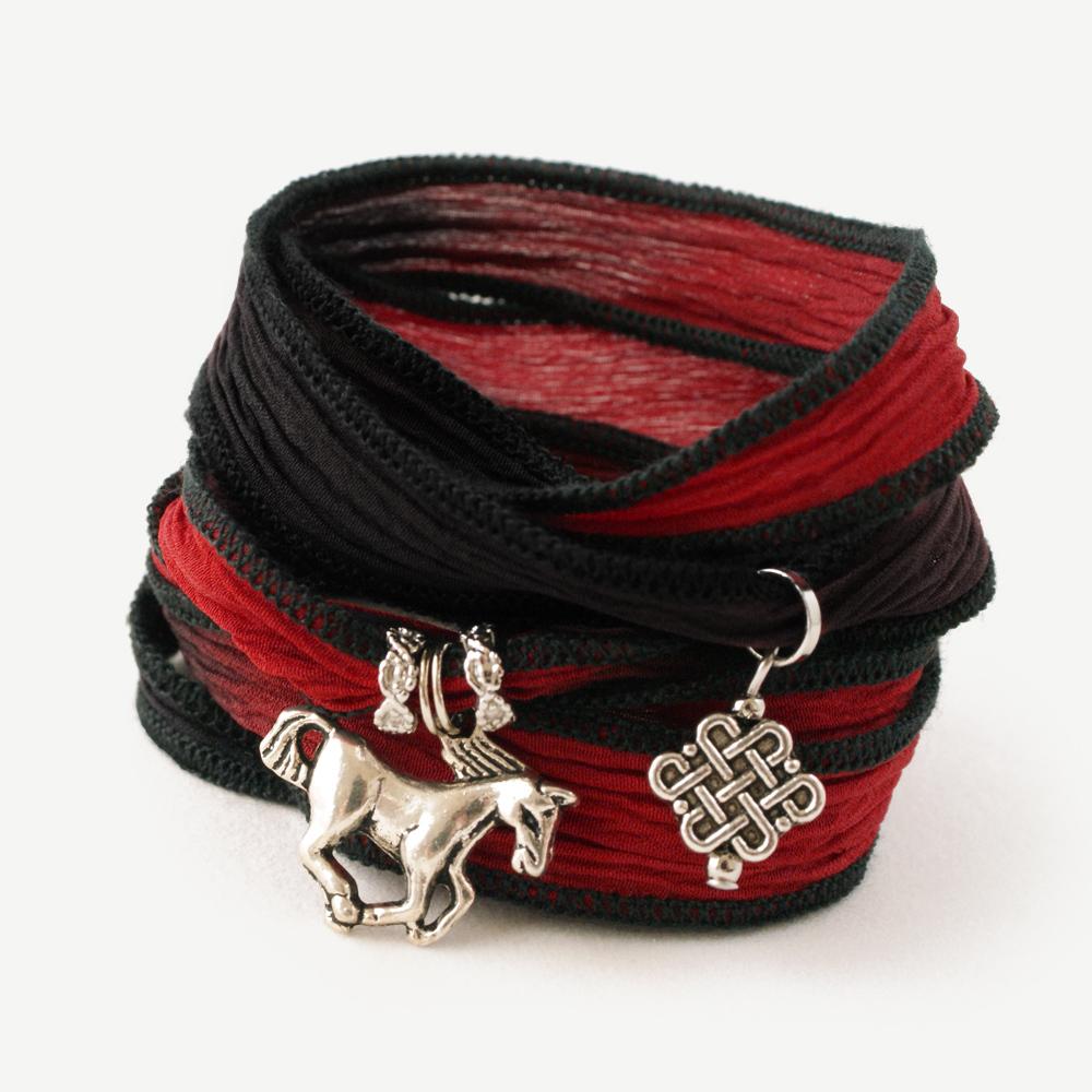 呂布の「赤兎馬」ブレスレット