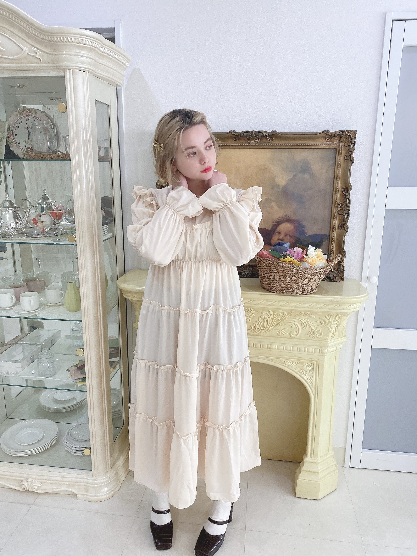 creamy frill dress
