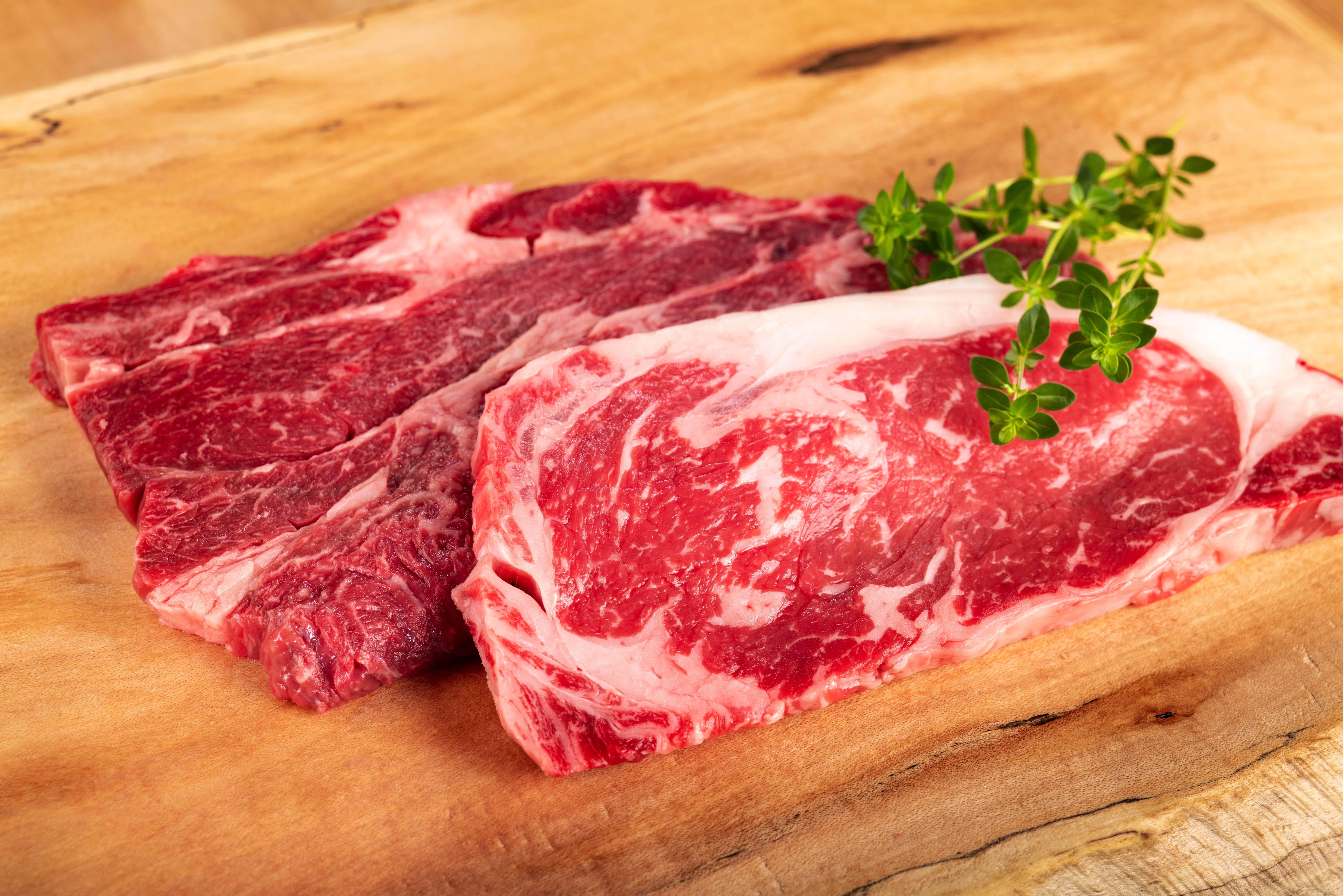 【ステーキ食べ比べセット】山形村短角牛特選ステーキ2部位食べ比べ2人前程度
