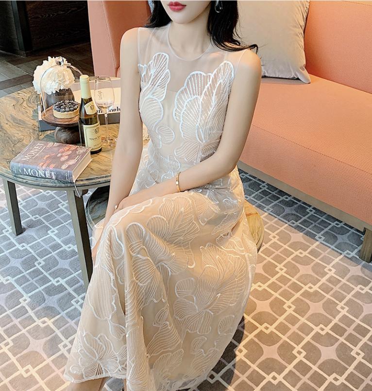 fullu lace dress