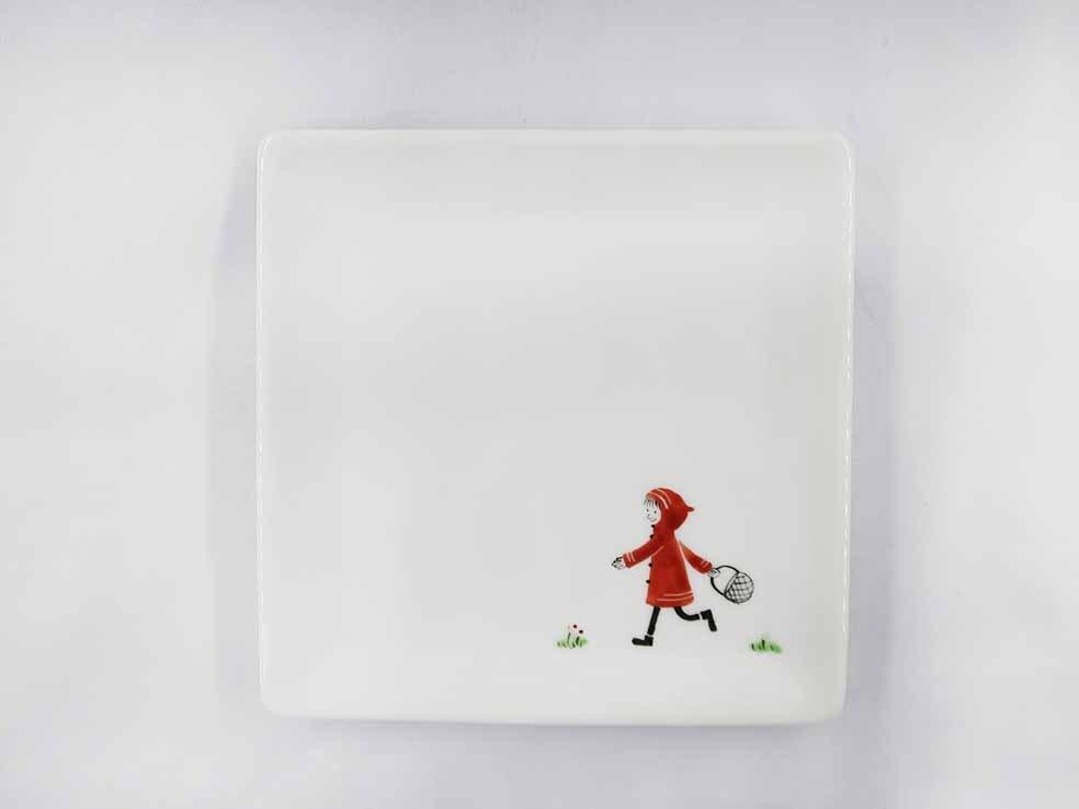 赤ずきん 角皿