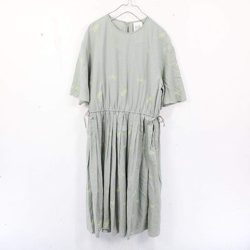 【美品】mina perhonen / ミナペルホネン    laundry choucho 刺繍ワンピース   38   ミントグリーン   レディース