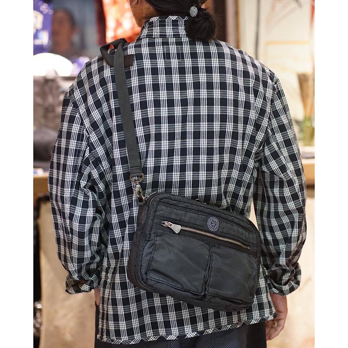 SUPER NYLON SHOULDER BAG (M)