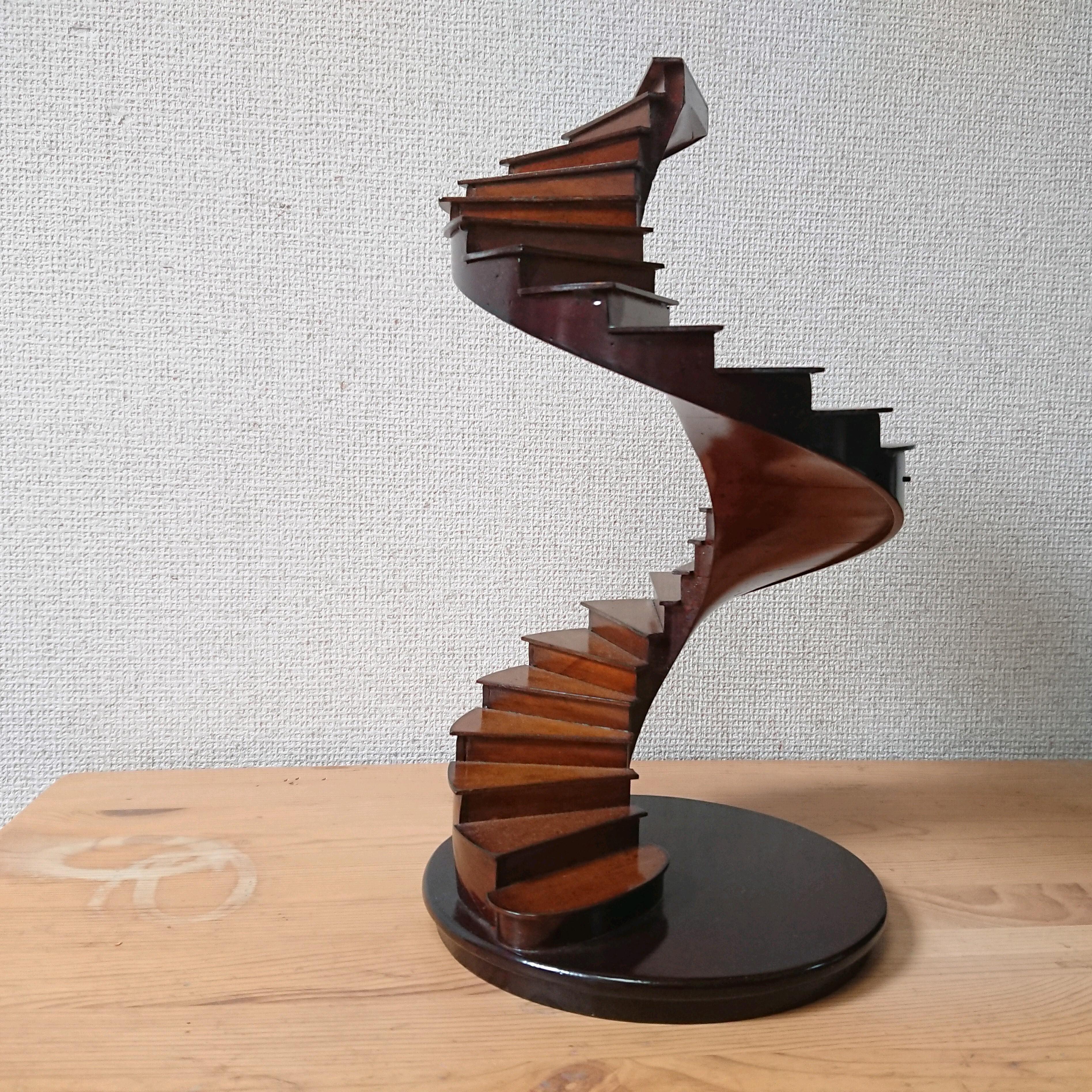 ミケランジェロ サン・ピエトロ大聖堂 Spiral Stairs 螺旋階段 ミニチュアオブジェ 木製 バチカン美術館収蔵品リプロダクト