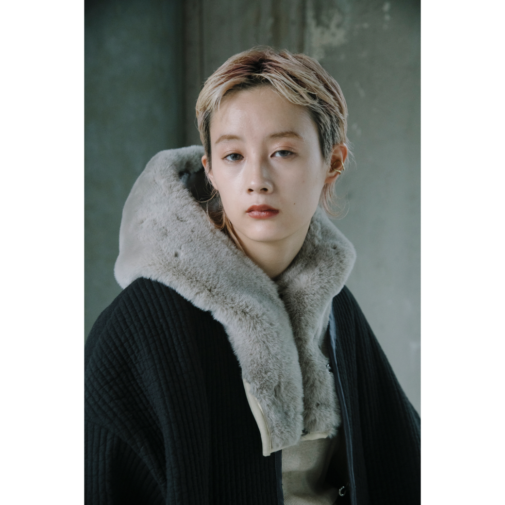 【RehersalL】ECO Fur hood neck warmer (gray) /【リハーズオール】エコファーフードネックウォーマー(グレー)