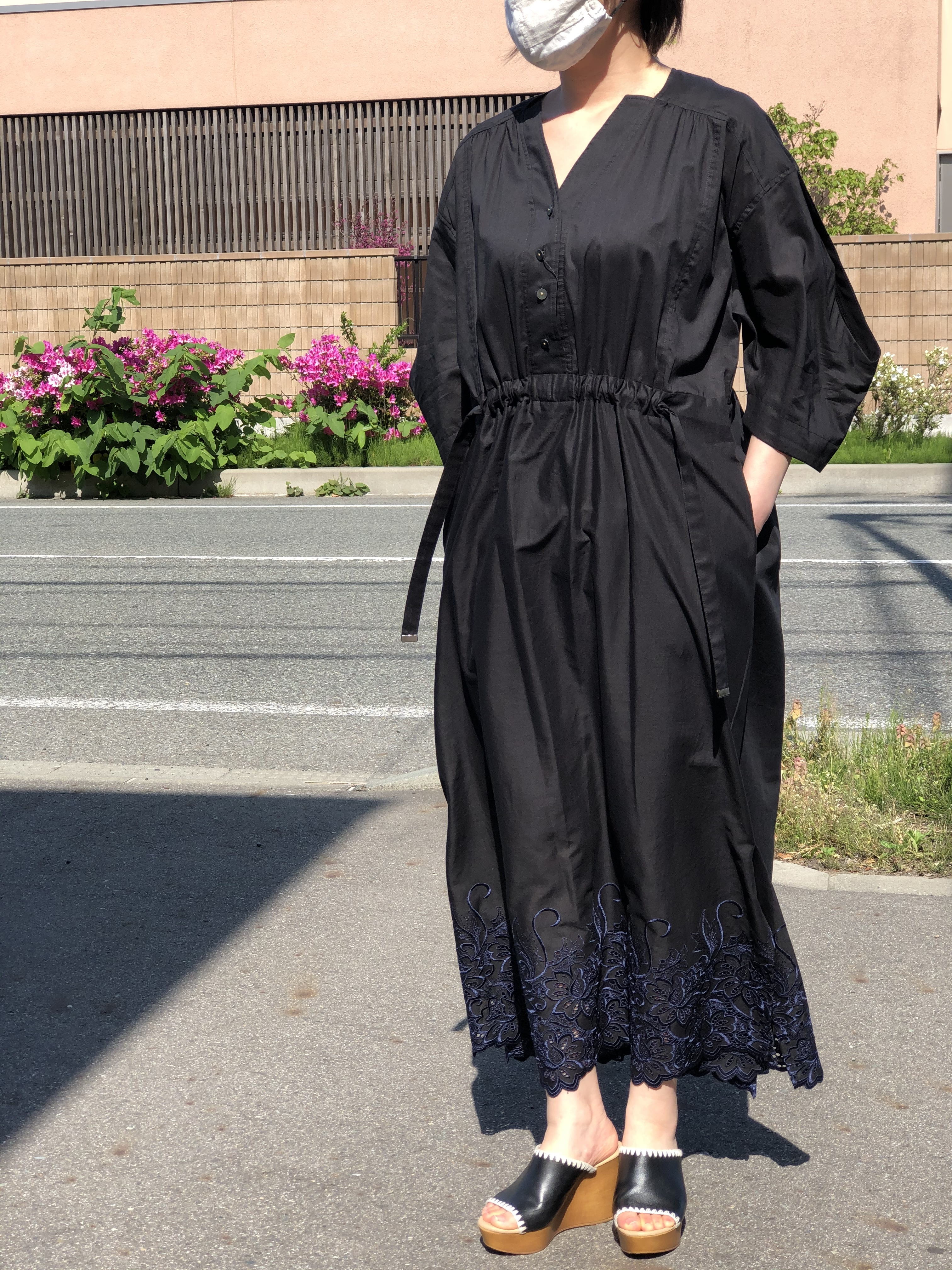 Lallia Mu/刺繍ワンピース/2112399(ブラック)