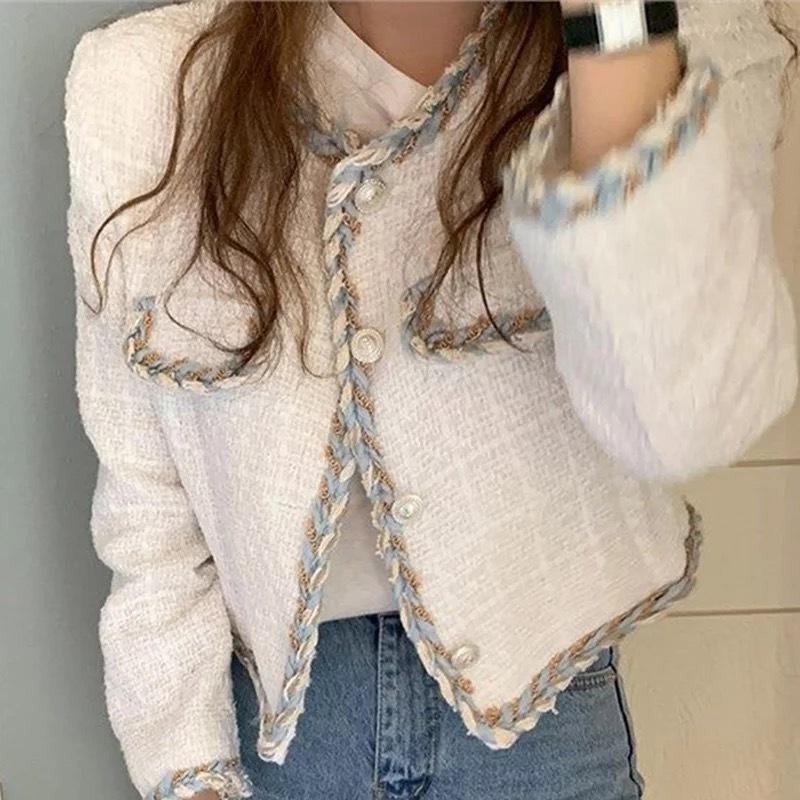 秋冬コリアンファッション♡ 人気アイテム再入荷も♡♡