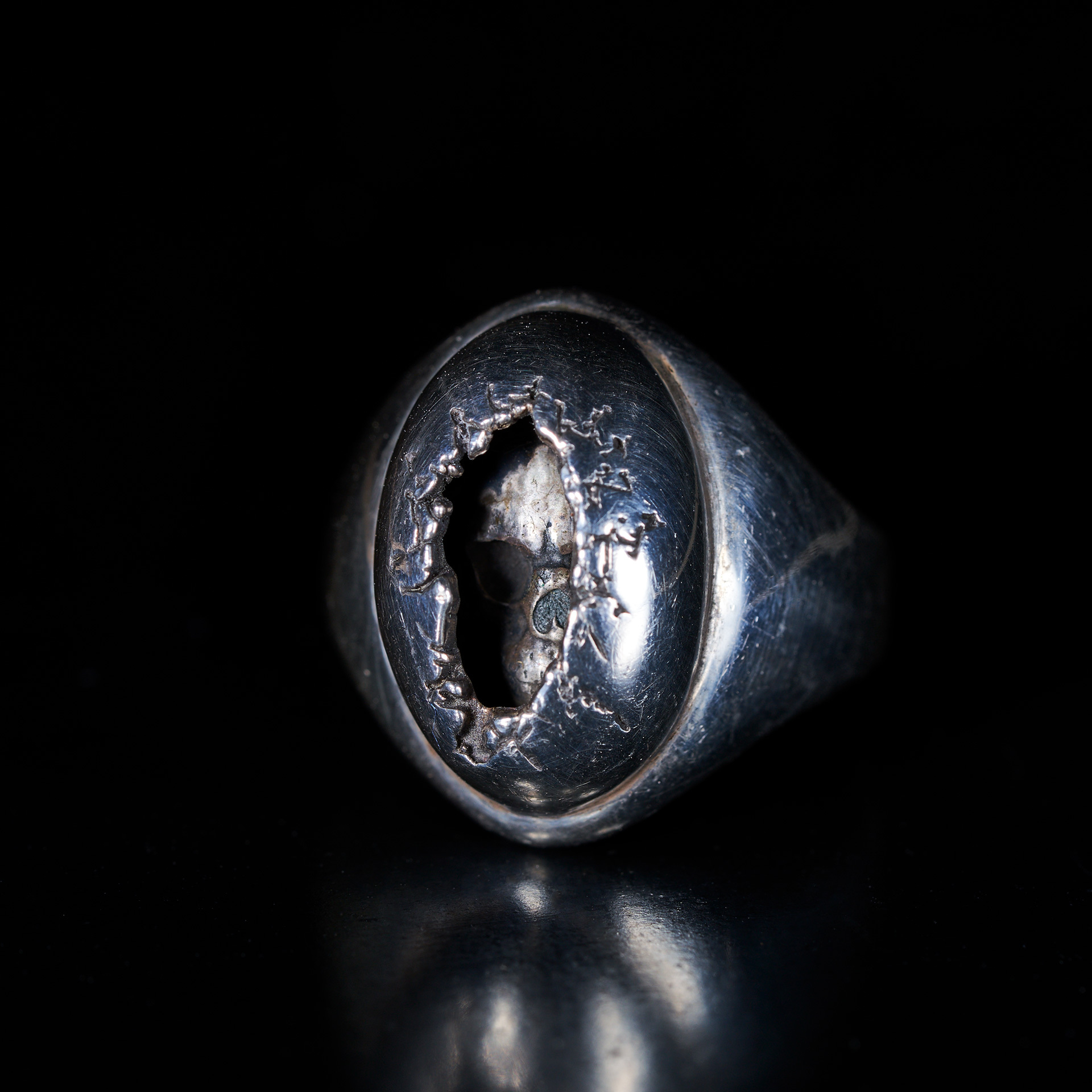 Skull regeneration of dome ring