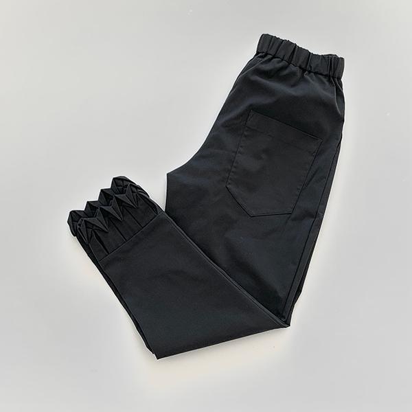 arrow -polyester black-