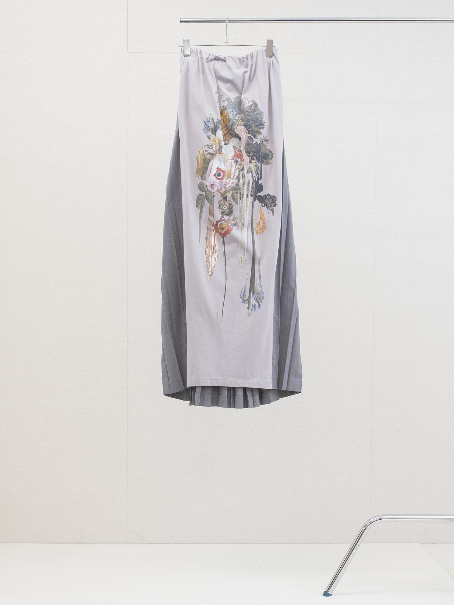 """Long Pleats """"Dripping Flower"""""""