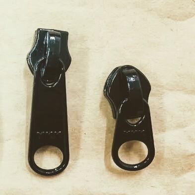 YKK スライダー 10c DFW(短/DFL(長) 表使い  黒 つやあり 10個