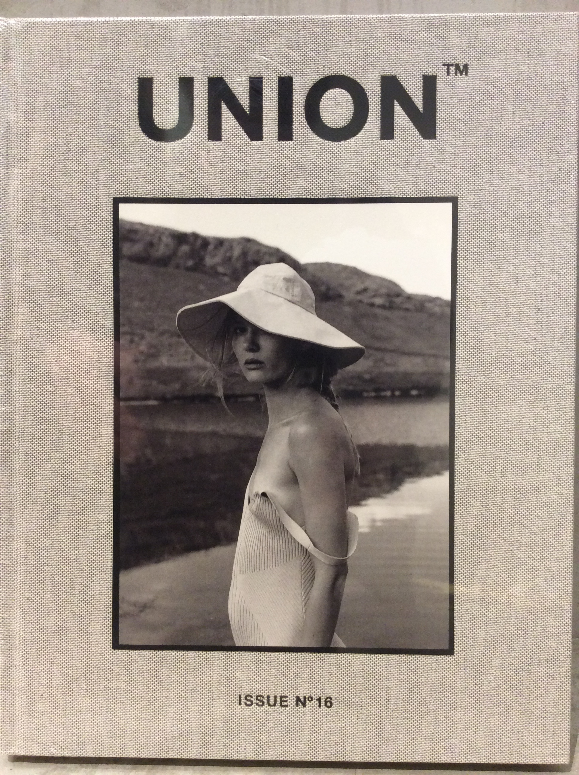 BOOK / UNION  Issue 16