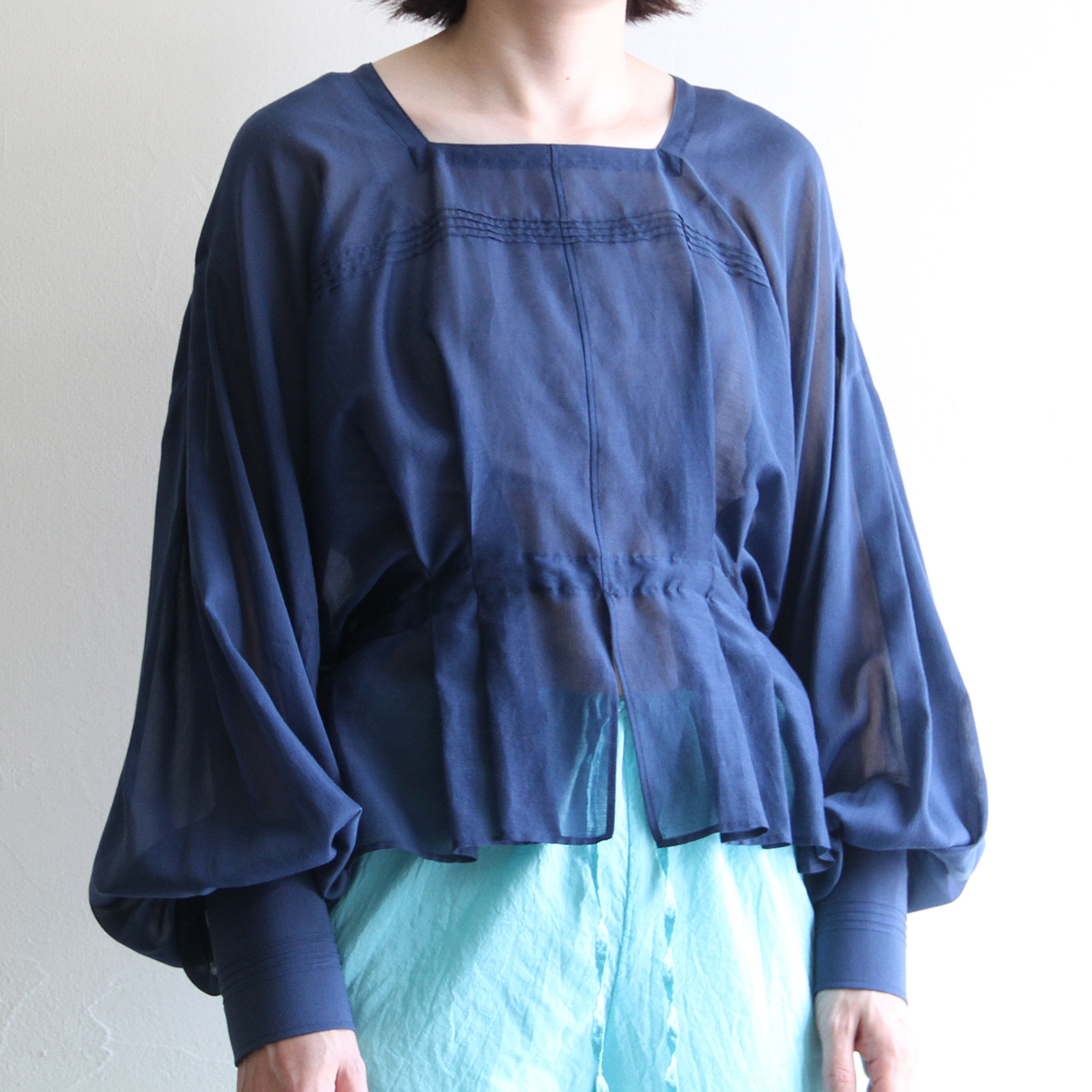 JUN MIKAMI 【 womens 】silk cotton square neck blouse