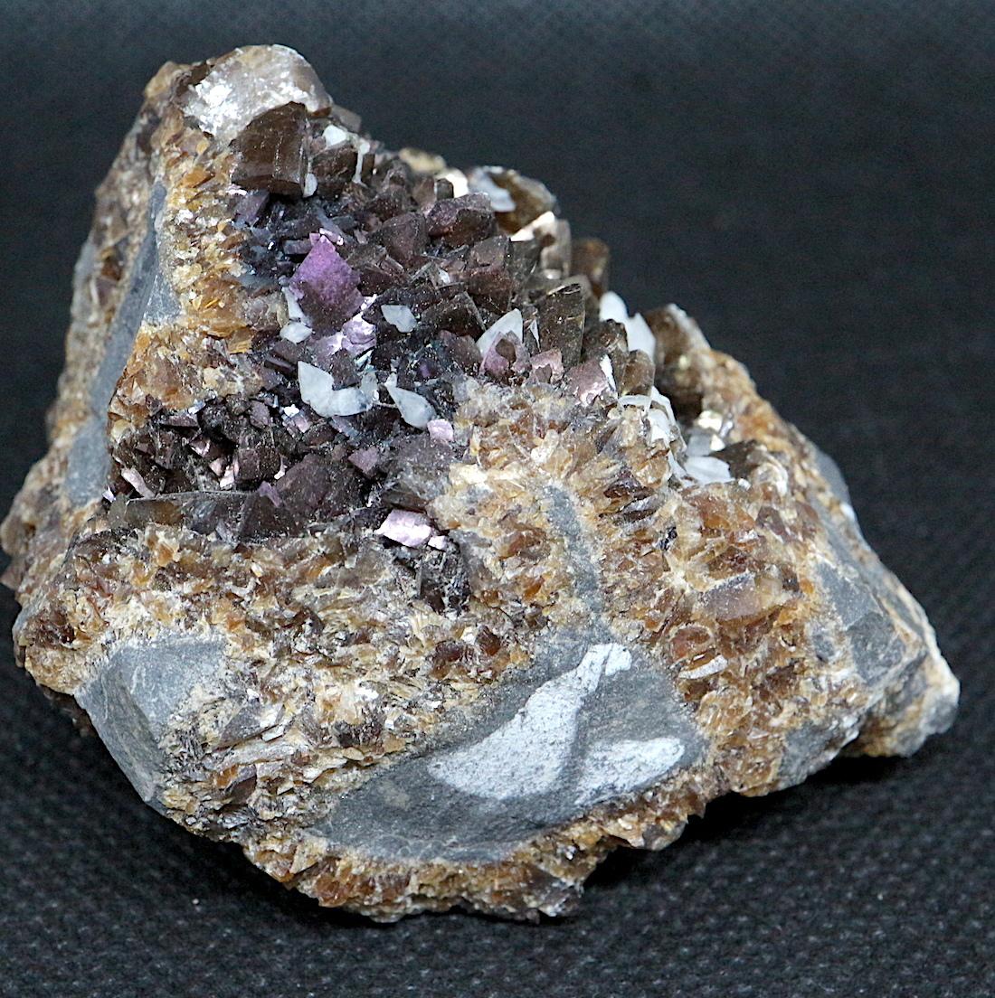 希少!アイオワ州産 イリデッセント カルサイト   原石  147,5g IRI009 鉱物 天然石 パワーストーン