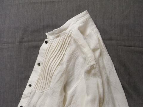 antiqued linen pintuck shirt / white