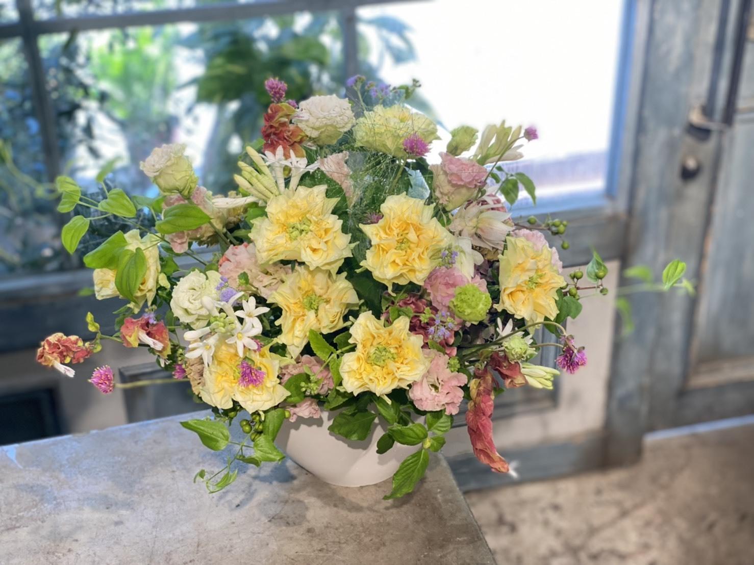 おまかせ レモンフォセット(薔薇)アレンジメント