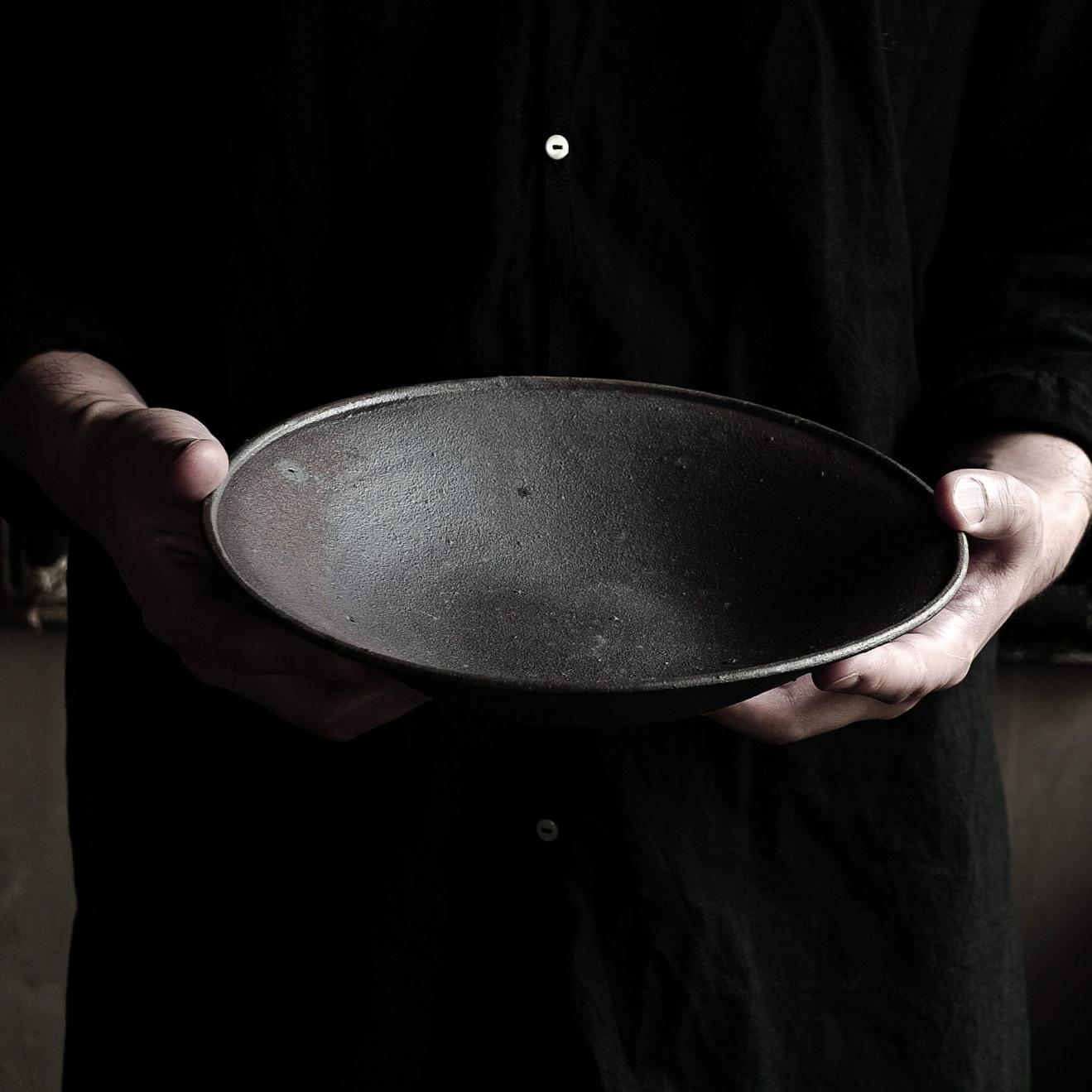 8寸鉄釉皿 sekiguchi noritaka