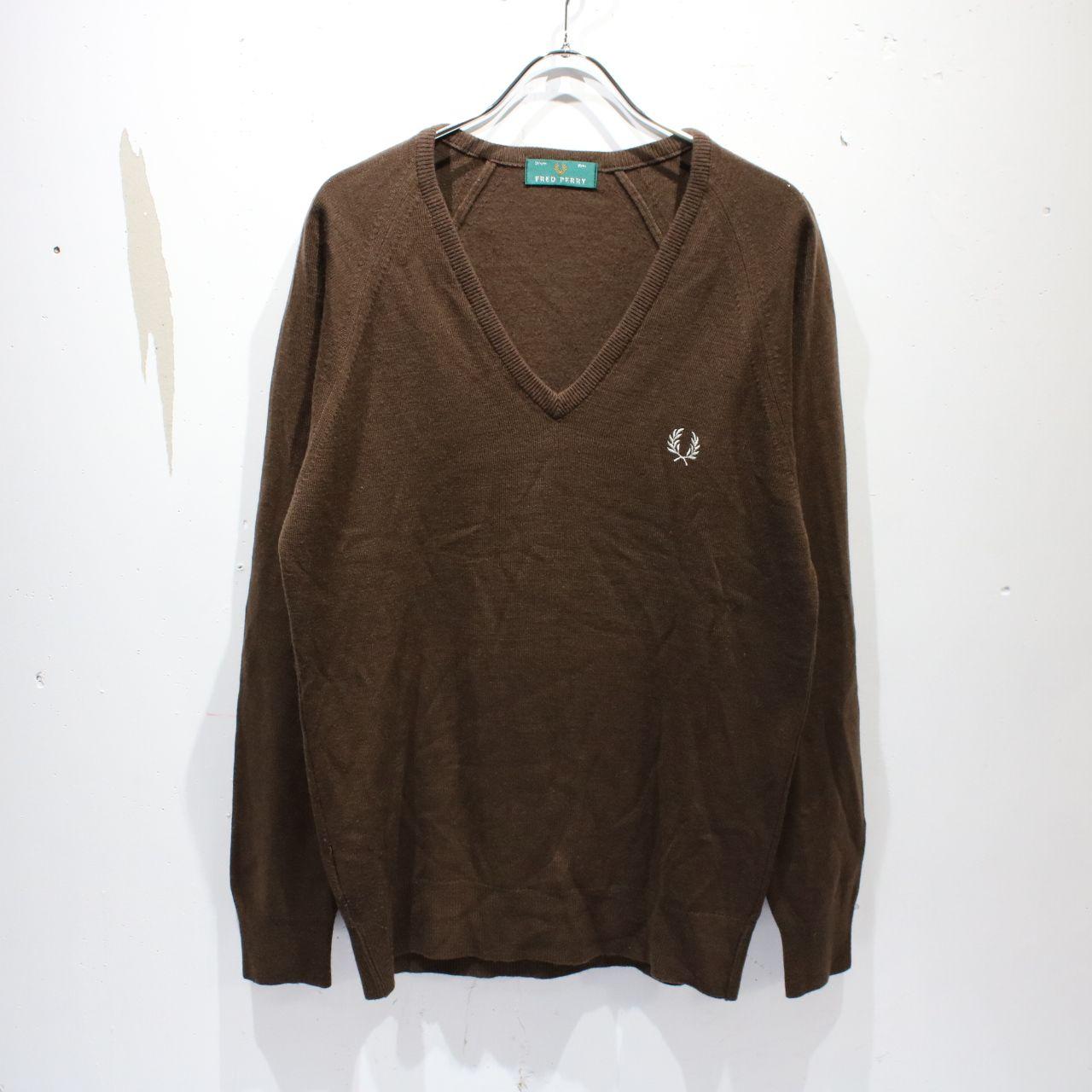 FRED PERRY / フレッドペリー | ロゴ刺繍Vネックニットセーター | 92cm 36in | ブラウン | メンズ