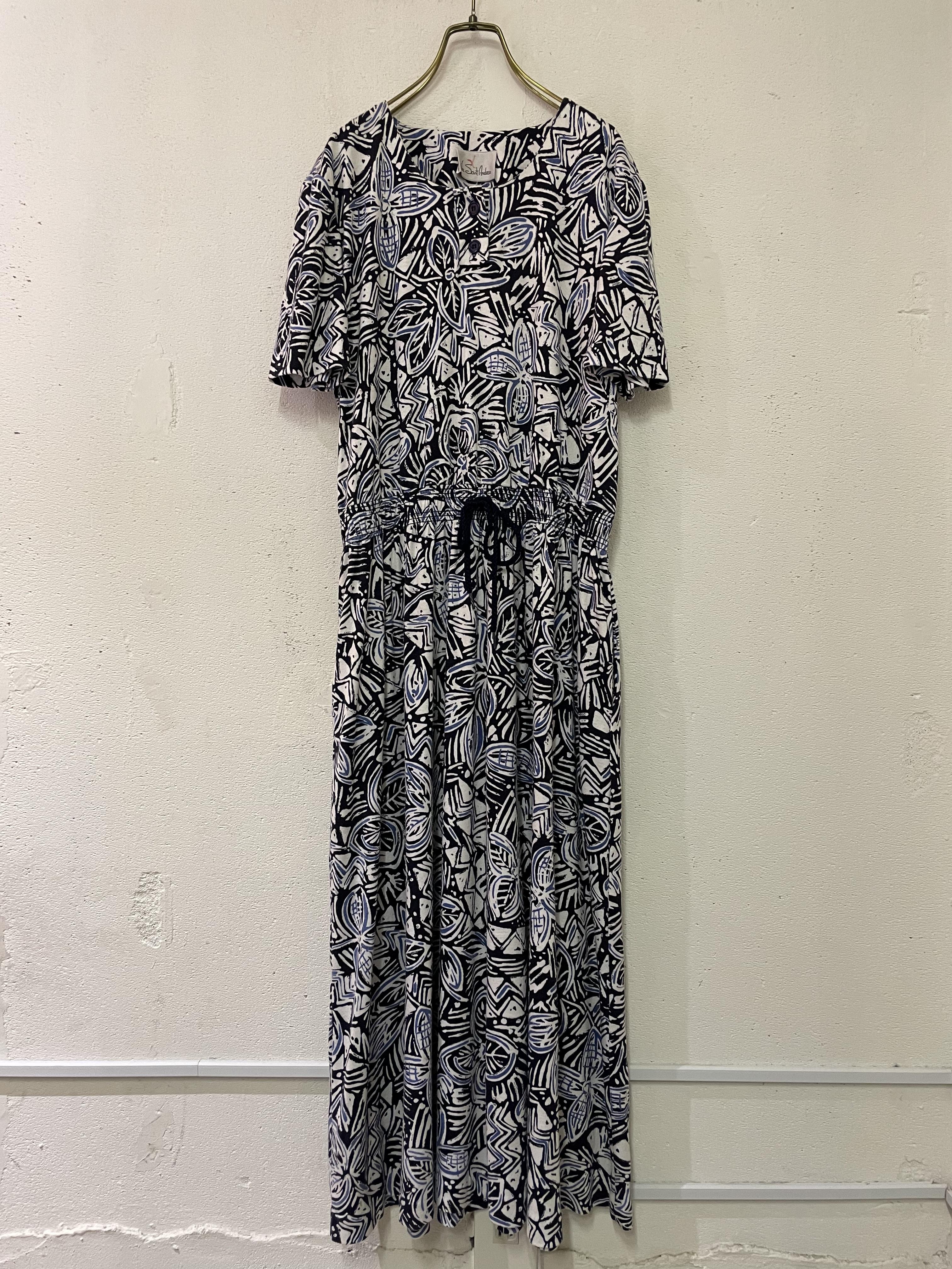 vintage cat&saw  dress