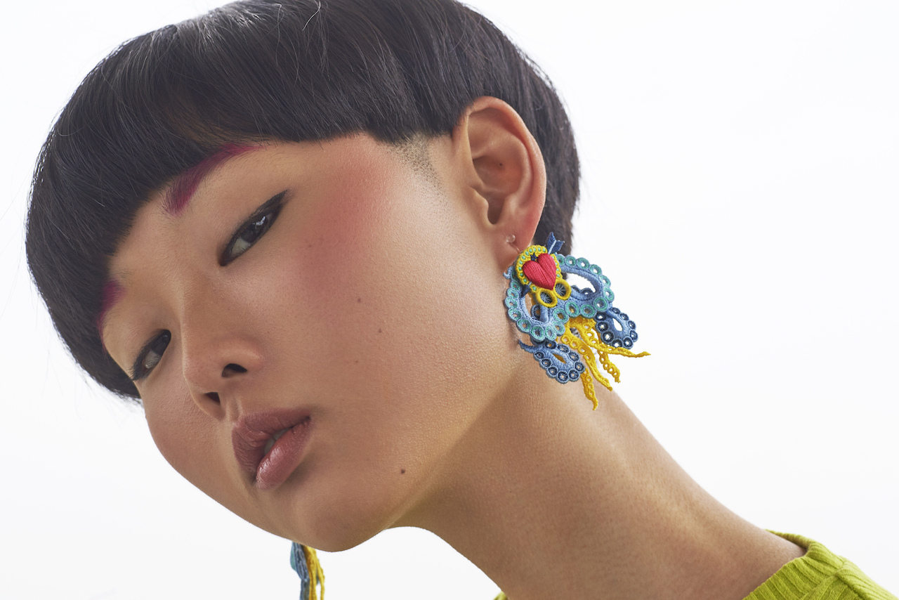 ARRO / Embroidery earing / ARROCTPUS / YELLOW
