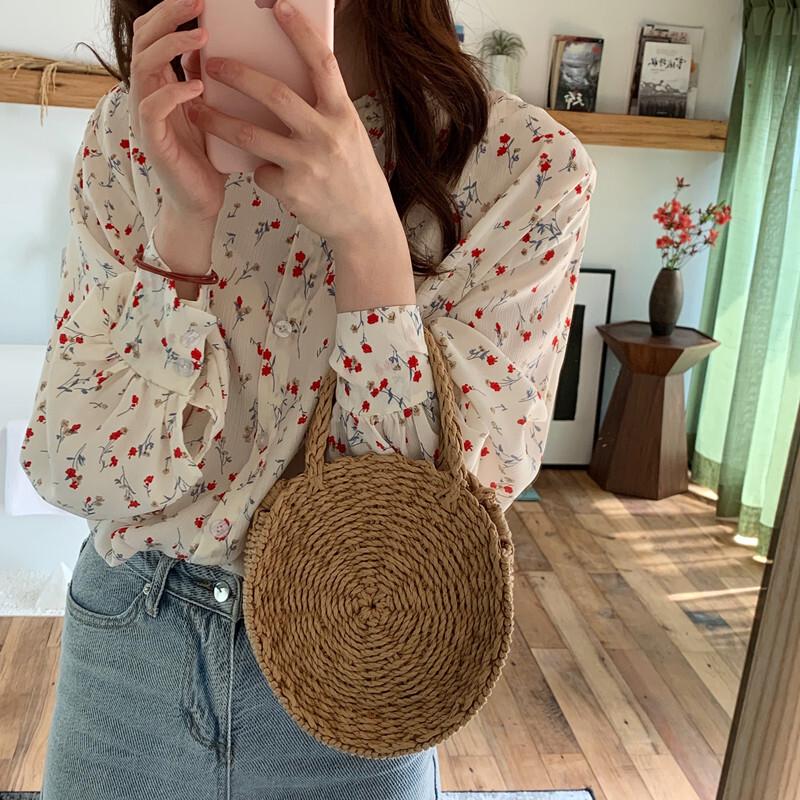 小花柄シャツ