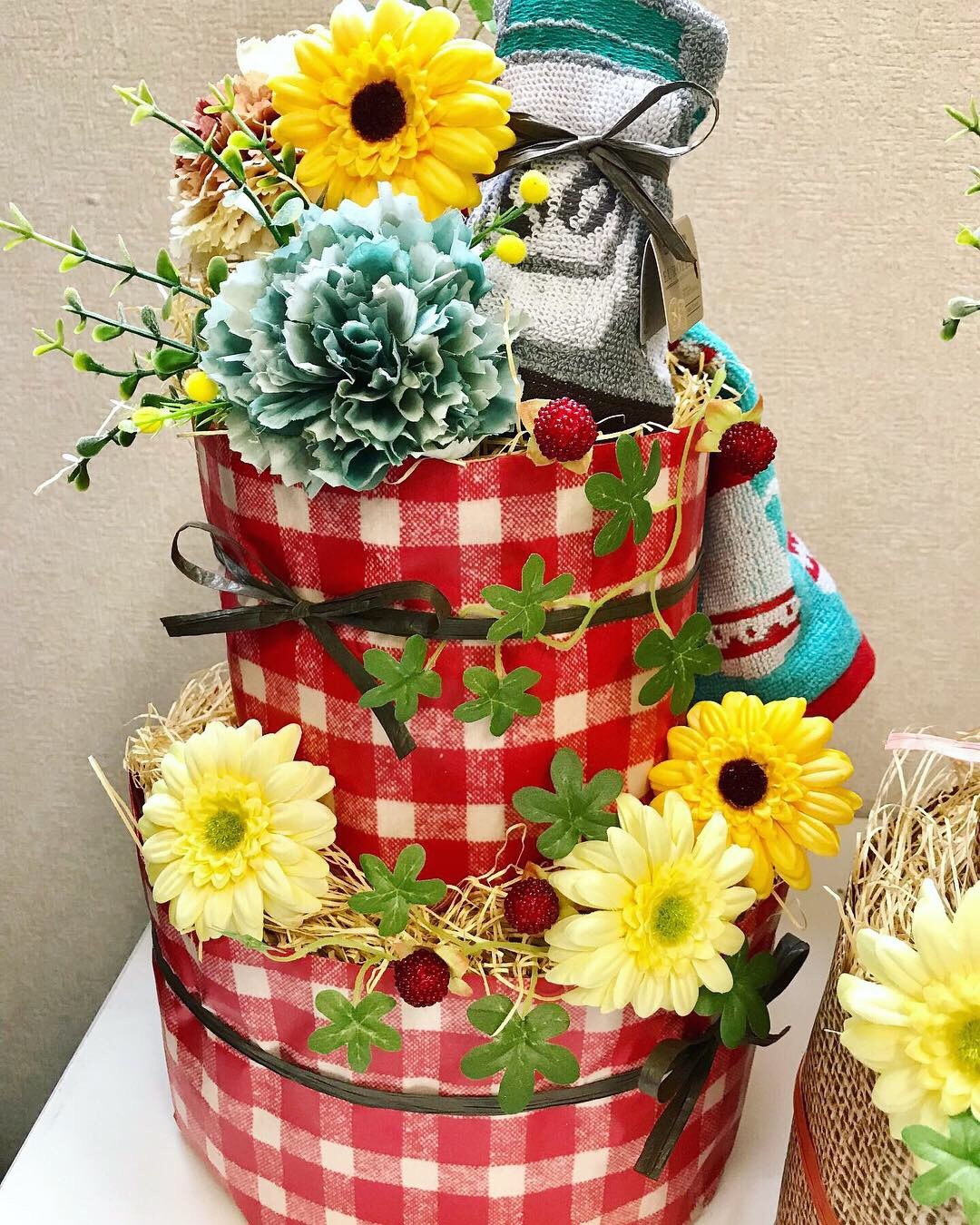 BIG おむつケーキ(チェック)  おむつケーキ  出産祝い ギフト オシャレ 個性的  かわいい  キャラクター