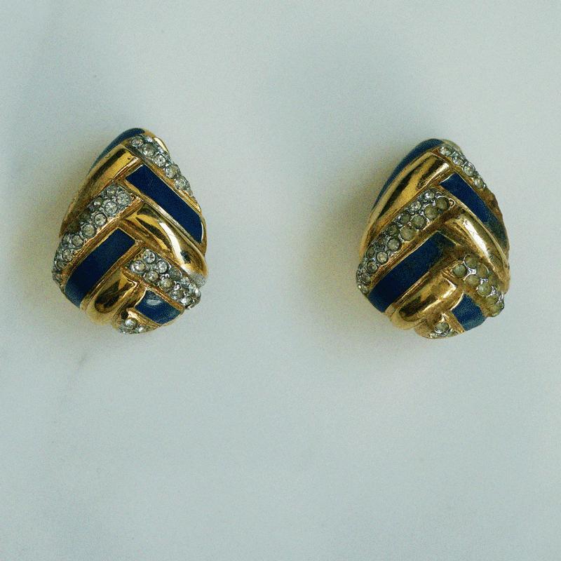 80's gold & blue earring