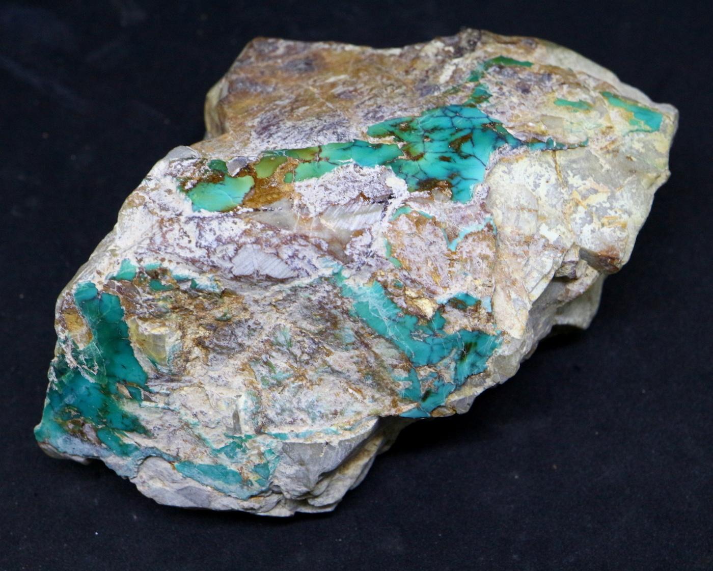 ロイストーンターコイズ Turquoise 原石 ネバタ州産 194,7g TQ112
