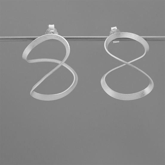 エイト ピアス | 八の字 | シルバー925 | レディース | 金属アレルギー