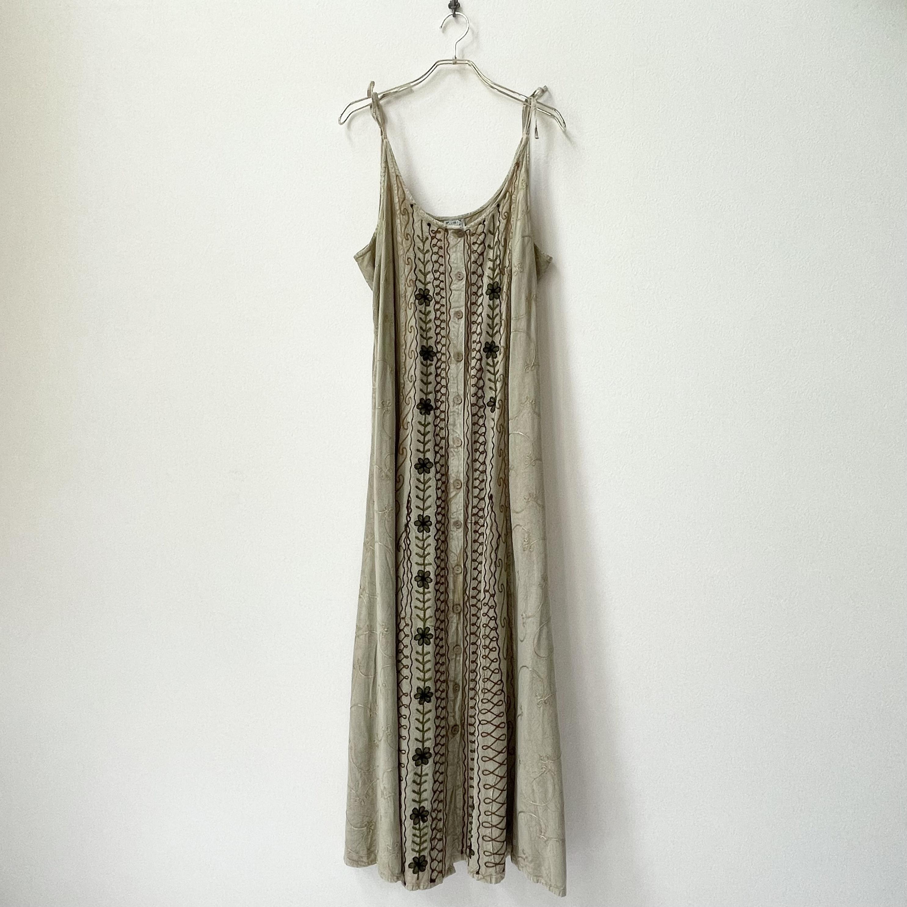 90年代 INDIA製 フラワー刺繍 キャミソール マキシワンピース アメリカ 古着 フリーサイズ