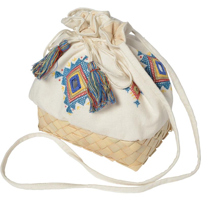 【第3世界ショップ】ミラー刺繍とカンボジアパームのショルダーポーチ ダイヤ柄(白)